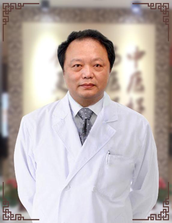 秦立模——医院医生